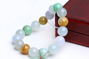 Charming Three Color Jade Bracelet