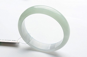 Rare Noble Ice Type Jade Bangle