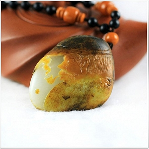 Wonderful Hetian Jade Pendant To Choose