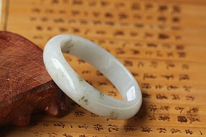 Charming Jade Bangle With Low Price - Promotion Now