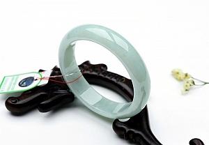 Charming Jade Ruyi Pendant