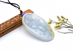 Wonderful Scattered Yellow Color Jade Guanyin Pendant