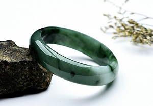 Wonderful Oil Blue Color Jade Bangle