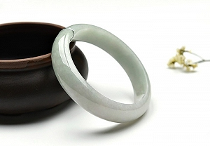 Wonderful Jade Bangle