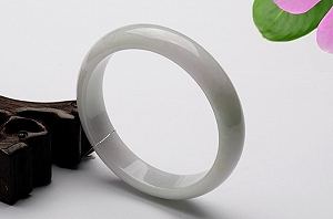 Wonderful Light Blue Color Jade Bangle