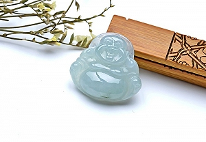 Wonderful Jade Buddha Pendant